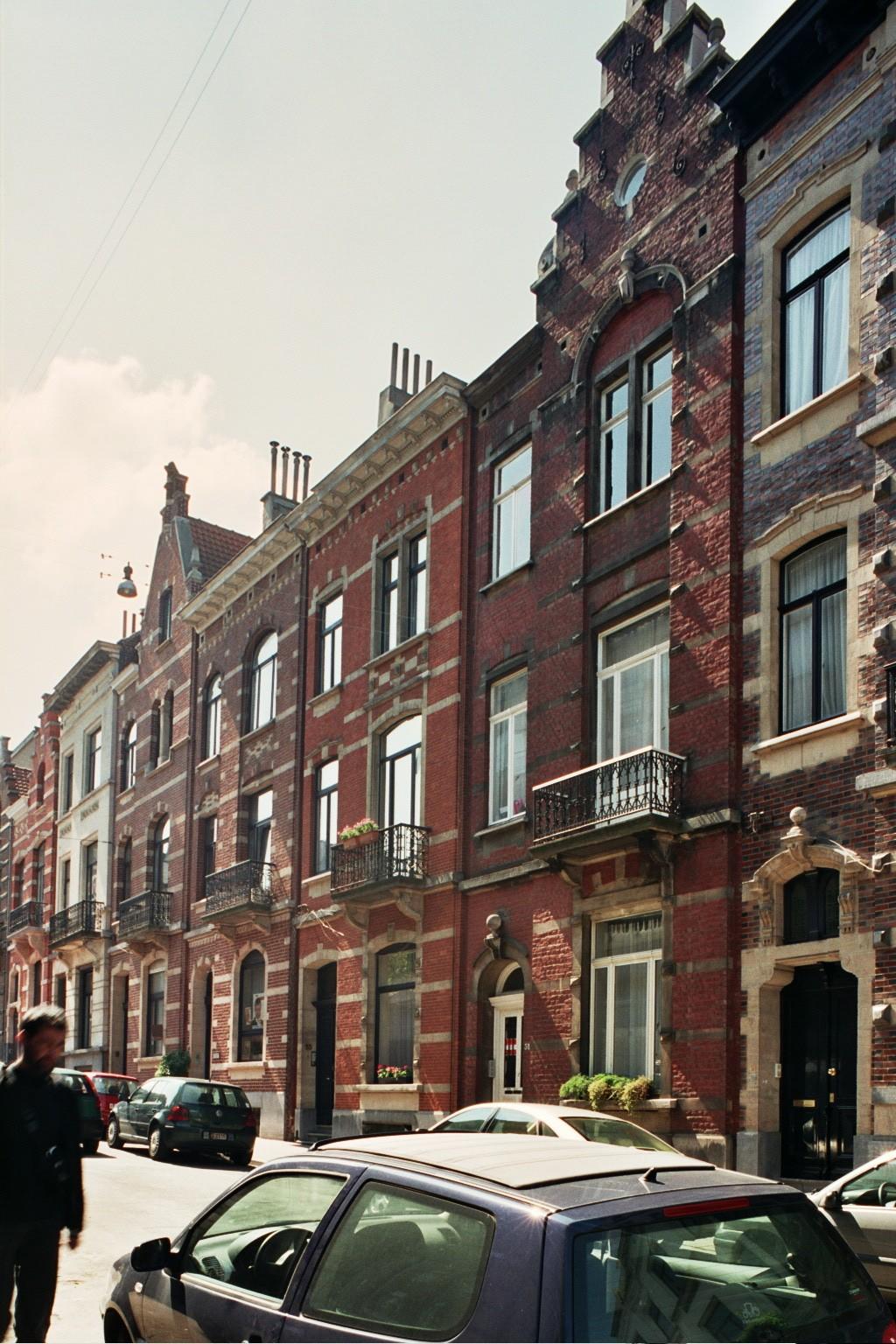 Witte-Bergstraat 57, 55, 53 en 51., 2004