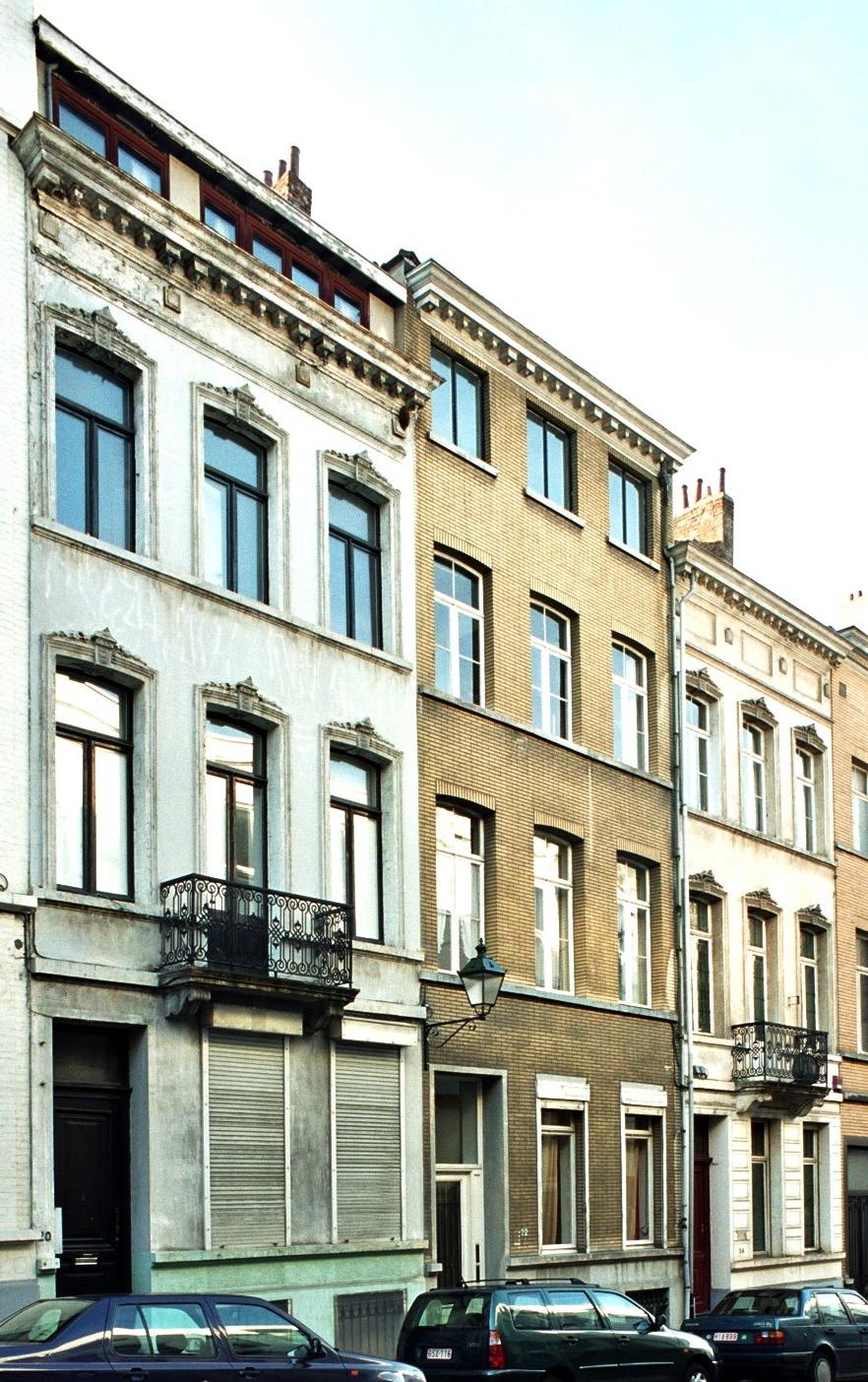Rue de Neufchâtel 20, 22 et 24., 2004