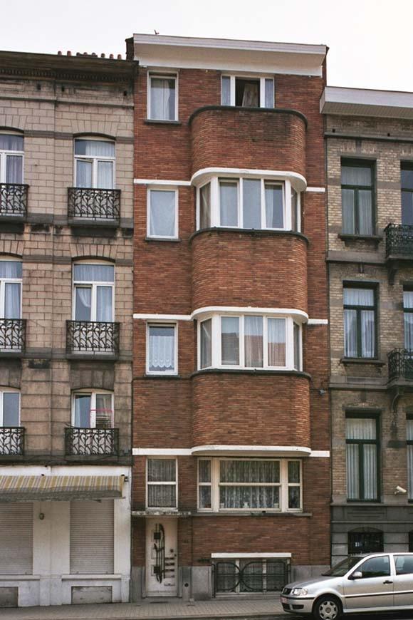 Avenue du Roi 100., 2004