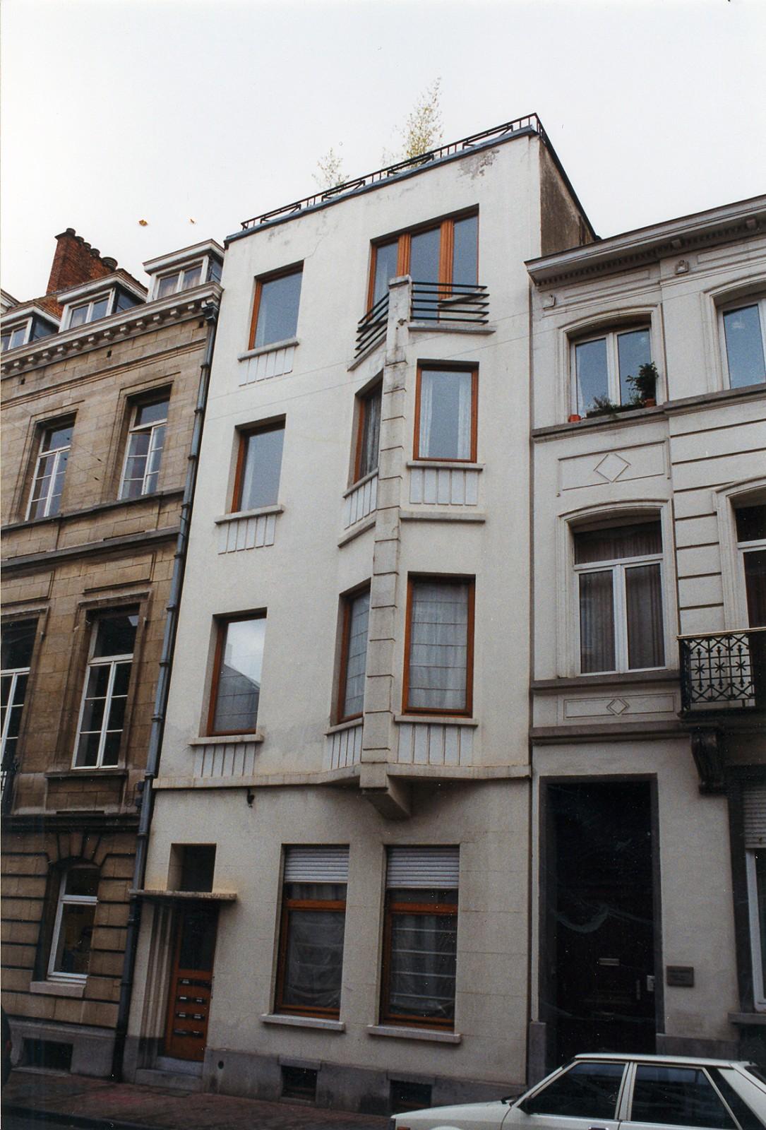 Rue Saint-Bernard 116., 1999
