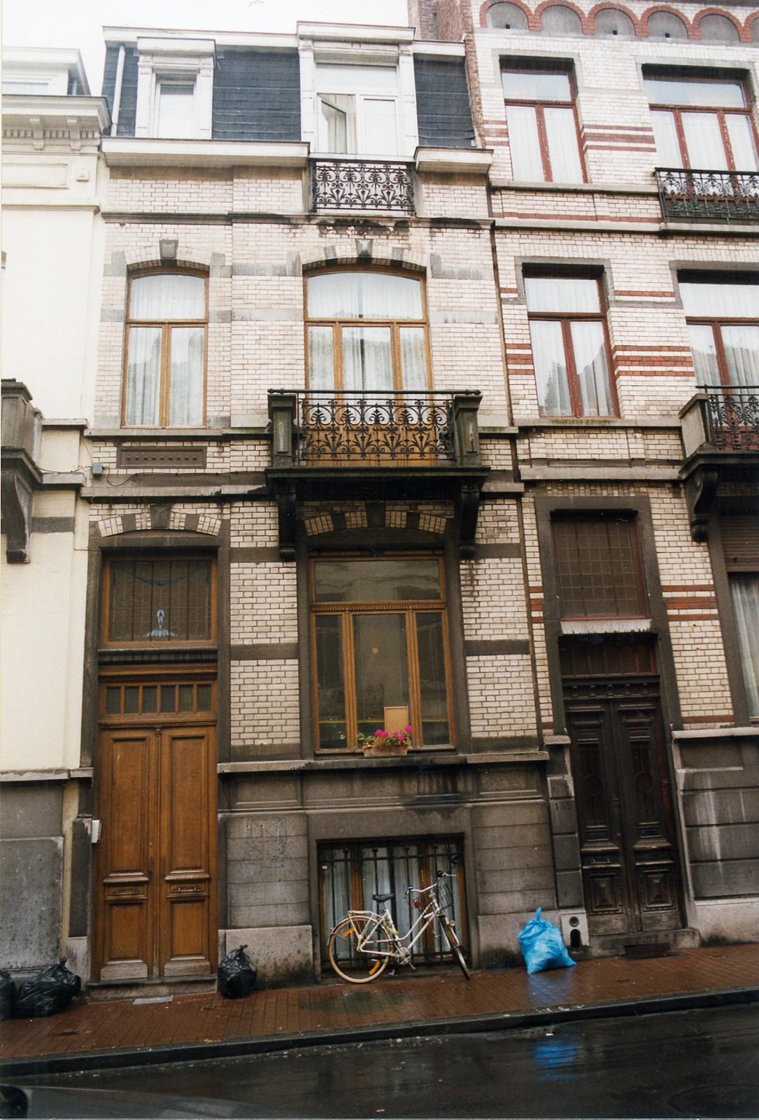 Rue Saint-Bernard 150., 1998