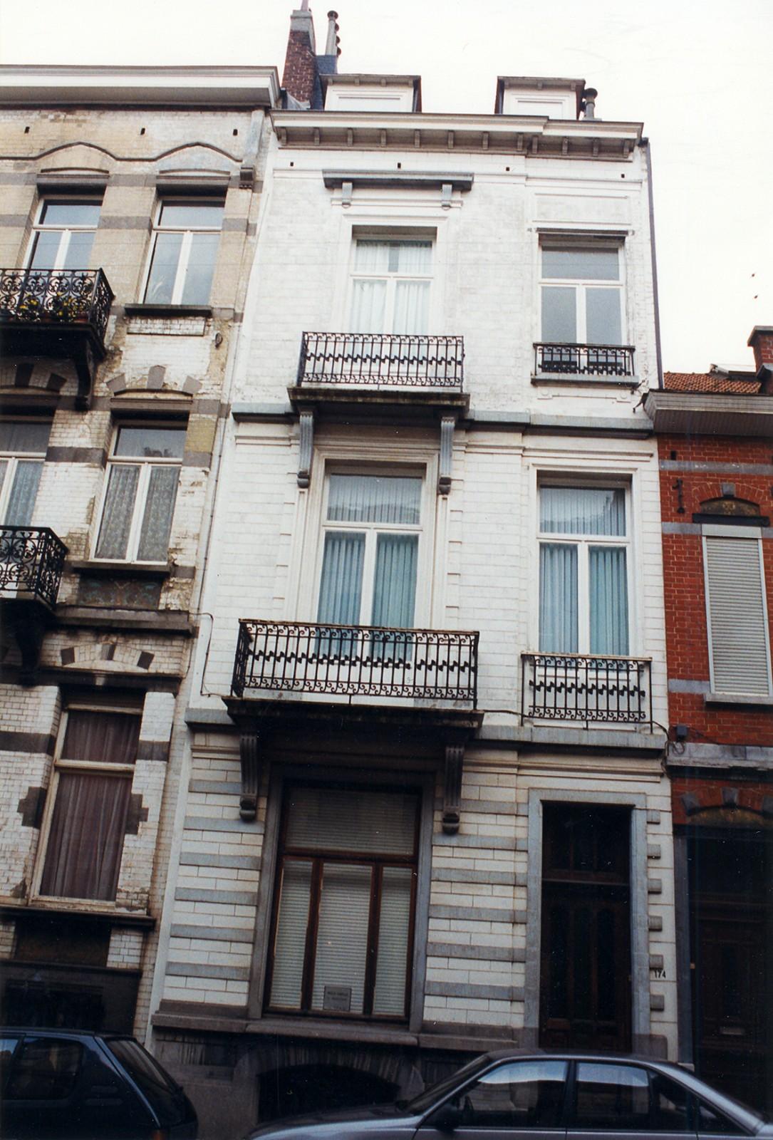 Rue Saint-Bernard 174., 1999