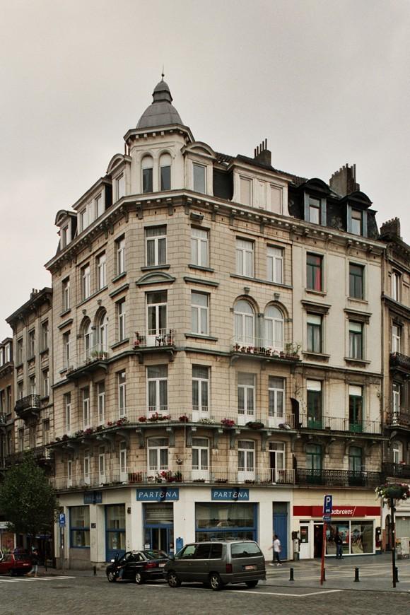 Chaussée de Waterloo 64 et parvis Saint-Gilles 2, 4., 2004