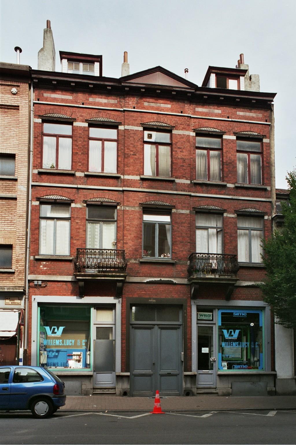 Rue de Savoie 5-7., 2004