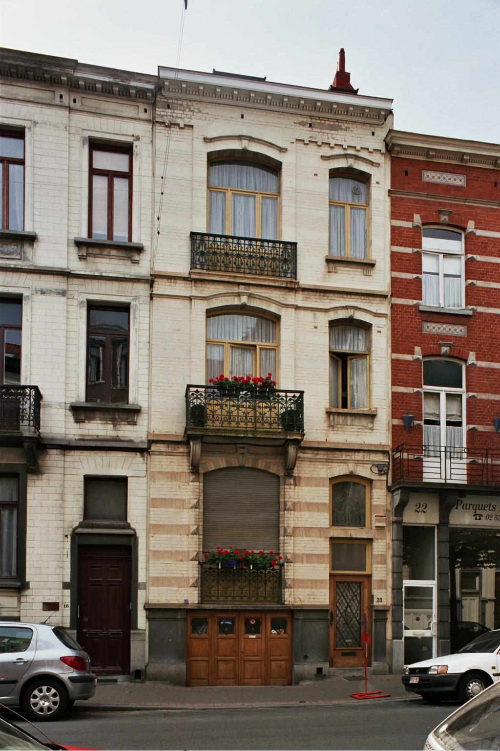 Rue de Savoie 20., 2004