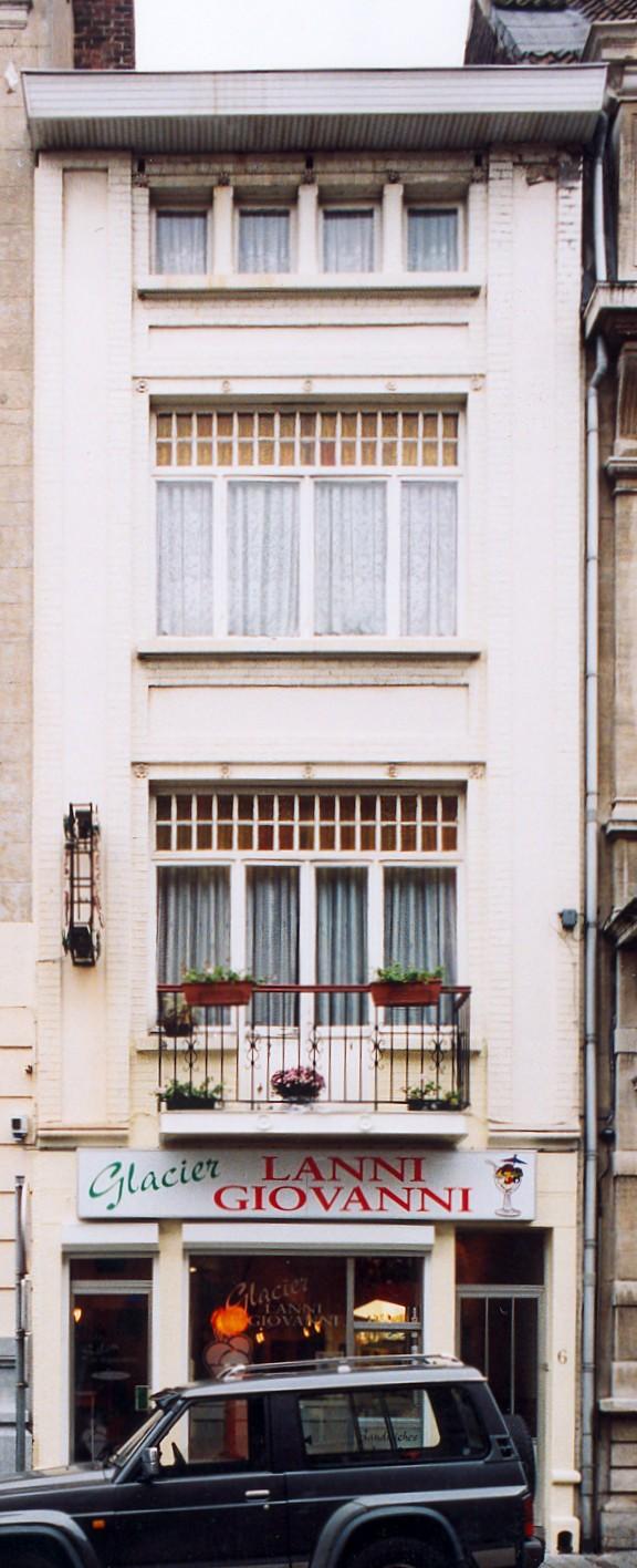 Rue de Tamines 4-6., 2003
