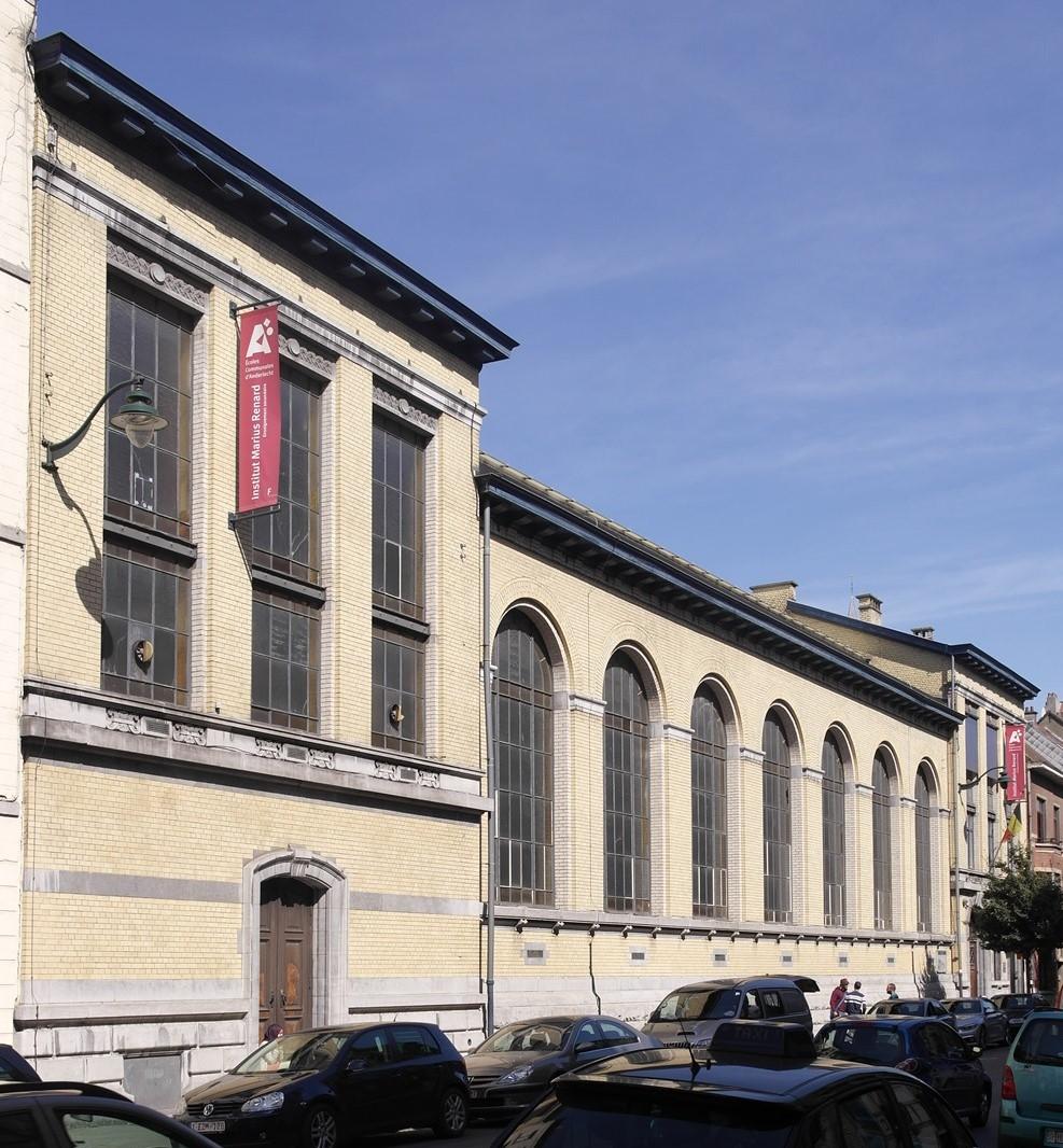 Rue Georges Moreau 105-107 et rue des Goujons 92, façade côté rue G. Moreau, 2015