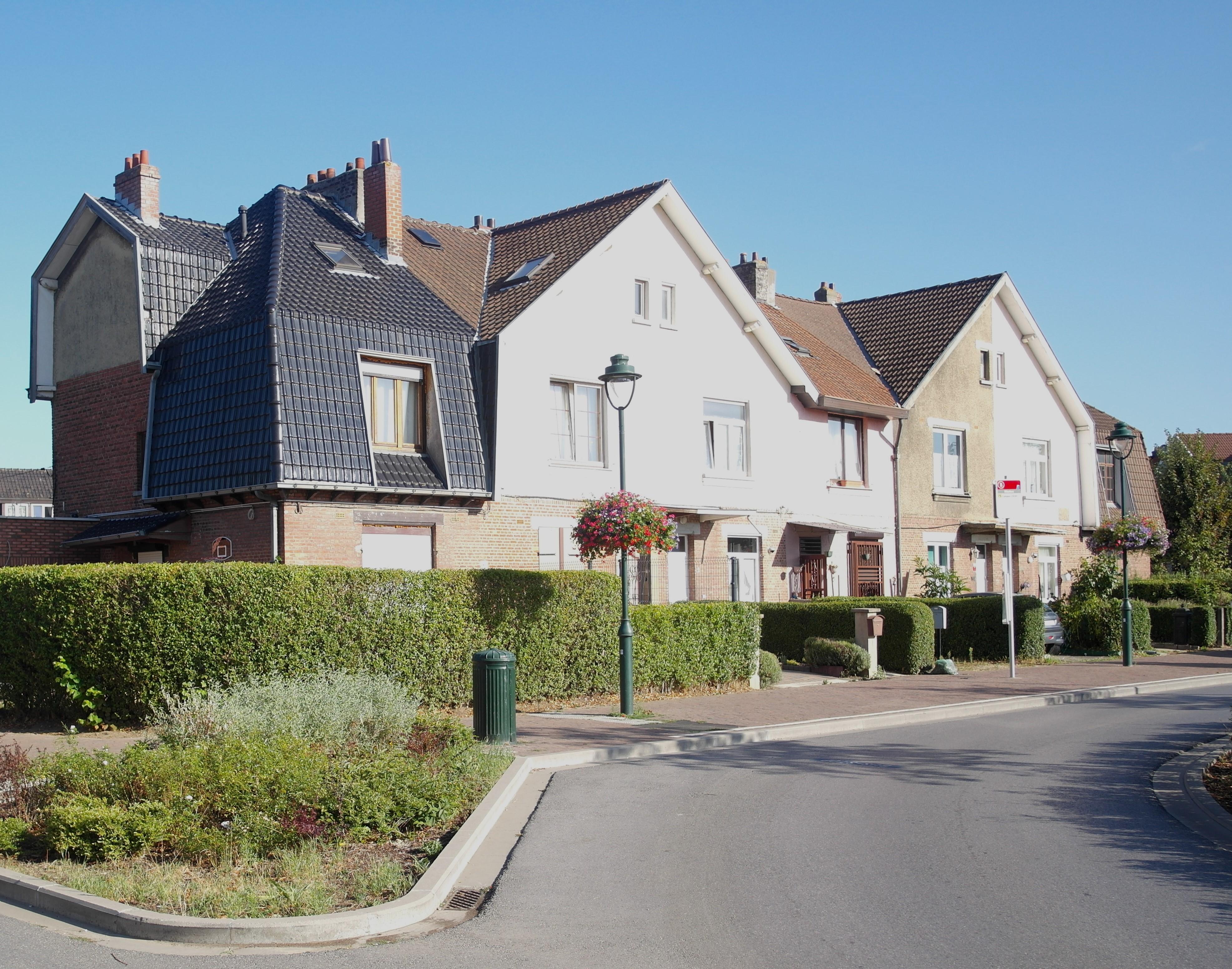 Groupe d'habitations situé place Ministre Wauters, 2018