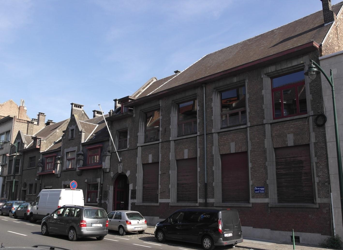 Rue Léon Delacroix 26-28, 2016
