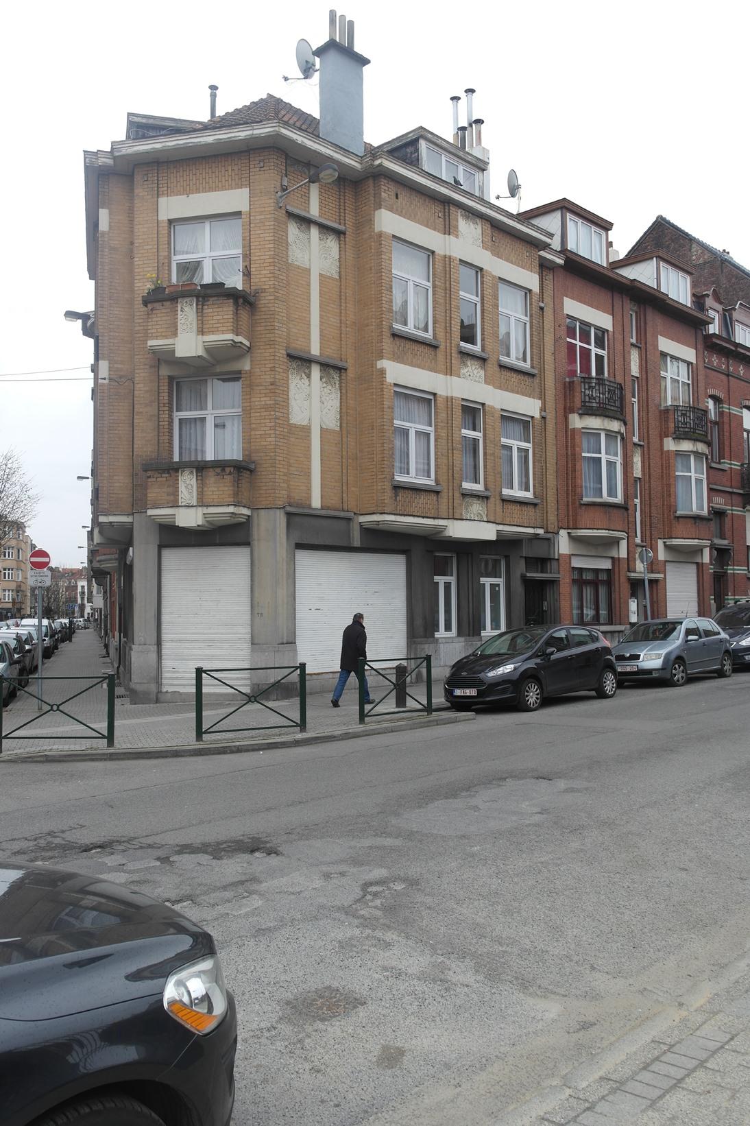 Rue de Rotterdam 76, à l'angle de la rue Edmond Van Cauwenbergh, 2015