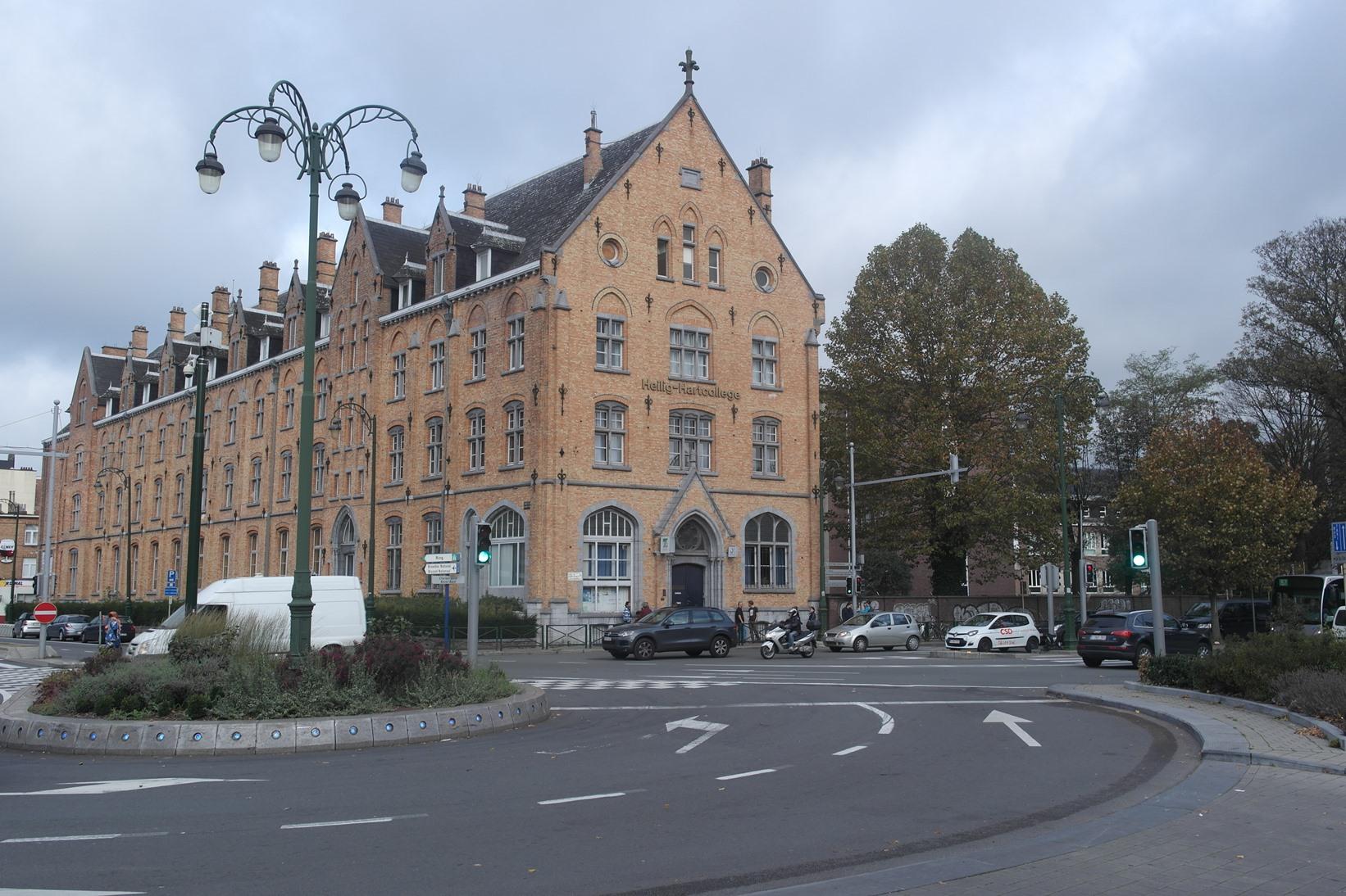 Avenue des Gloires Nationales 126, Heilig Hartinstituut, 2014