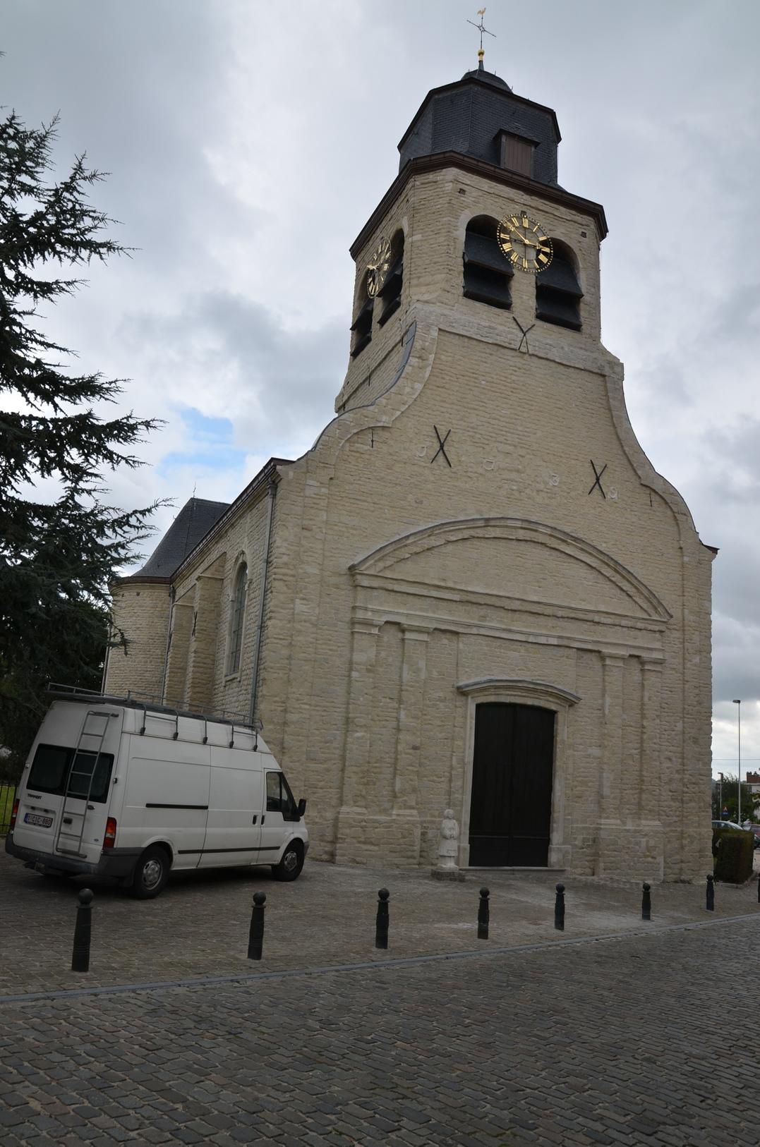 Place Saint-Nicolas, église Saint-Nicolas