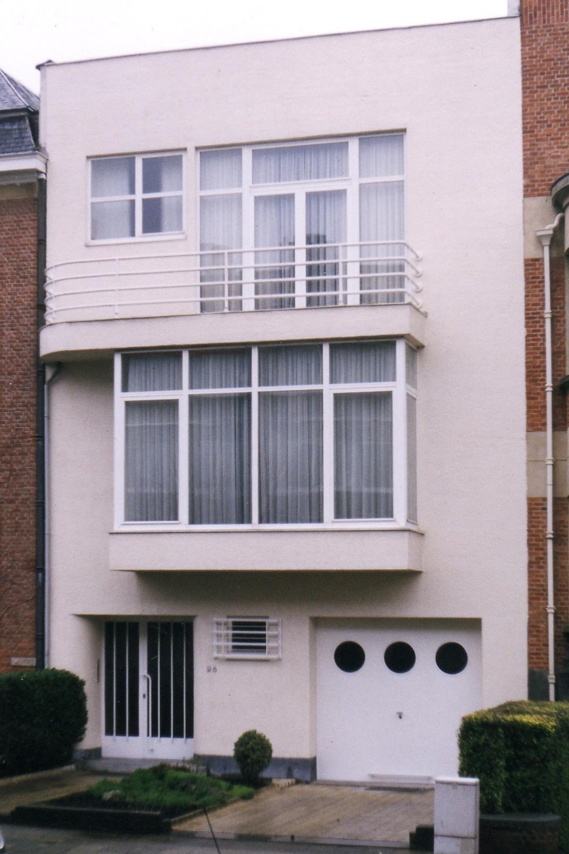 Avenue Père Damien 28., 2002