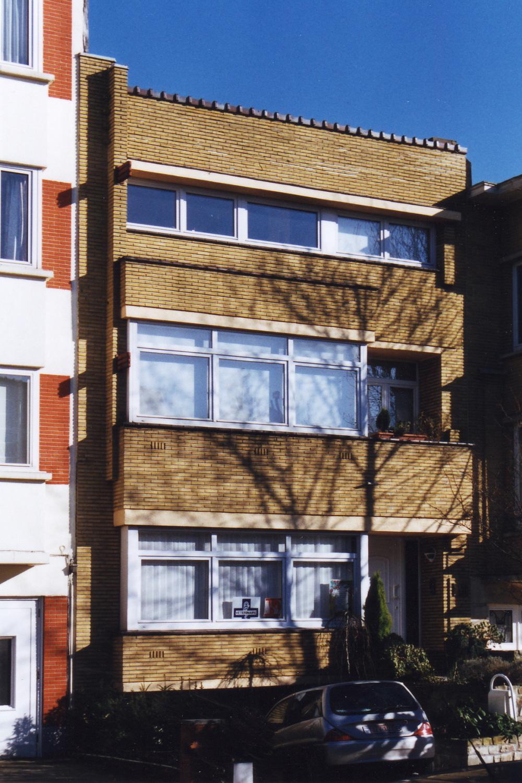 Avenue Père Damien 51., 2003