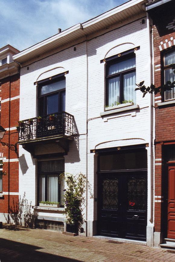 Rue Jean Deraeck 20., 2002