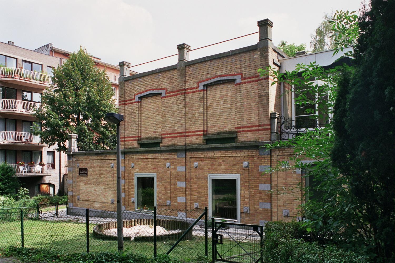 Rue François Gay 326., 2005