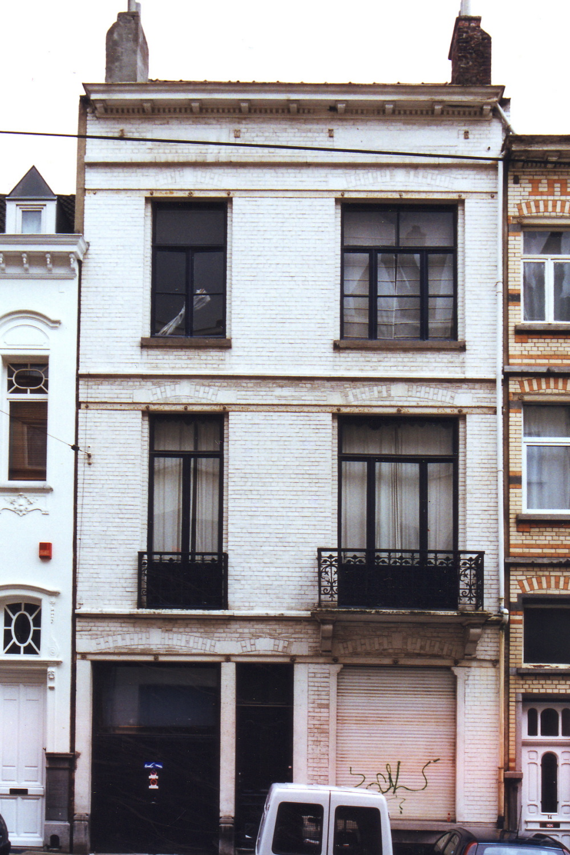 Georges en Jacques Martinstraat 12., 2002