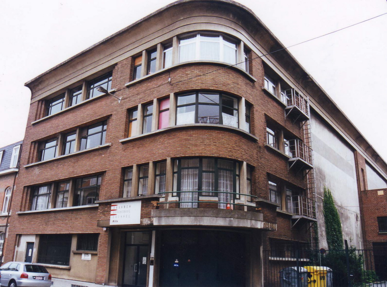 Rue Saint-Hubert 12-14, le bâtiment de 1937., 2002