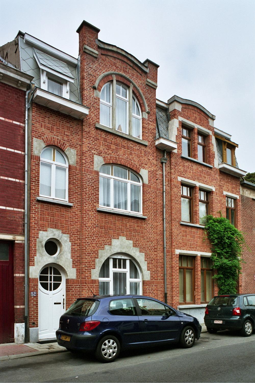 Rue Vandenhoven 50 et 52., 2005
