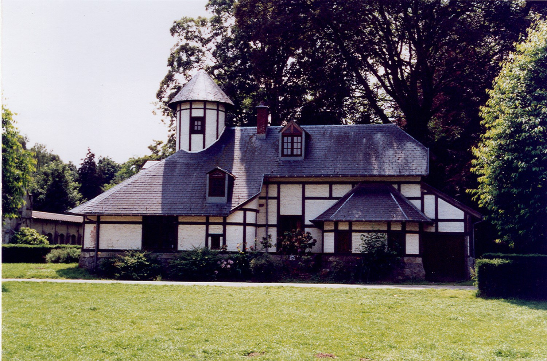 Parc Parmentier, ancien logis de domestique, 2003