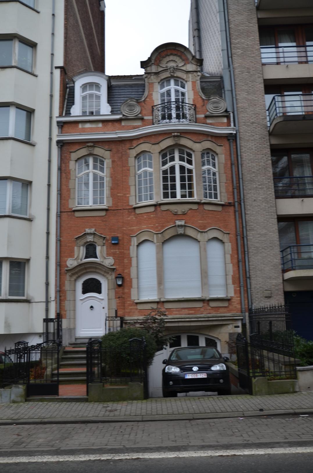 Avenue Winston Churchill 49