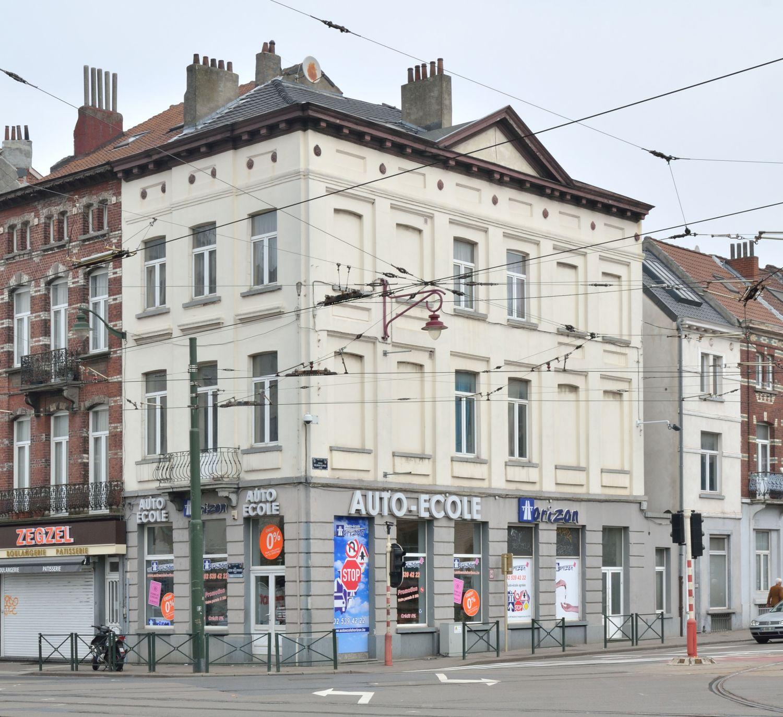 Avenue Wielemans Ceuppens2-4, vue d'angle, 2019