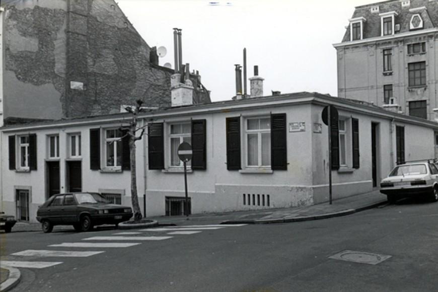 Rue de l'Ascension 49 et 51 et rue de la Poste 69 (photo 1993-1995).
