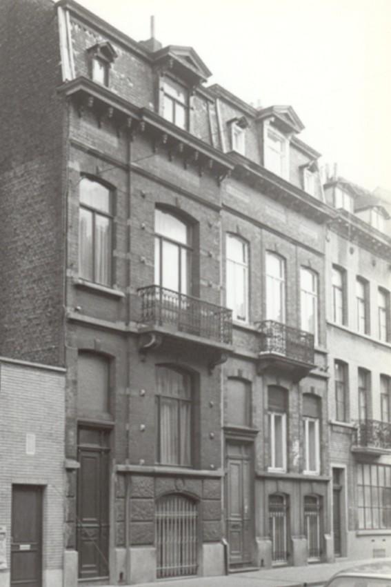 Rue Braemt 134 et 136 (photo 1993-1995).