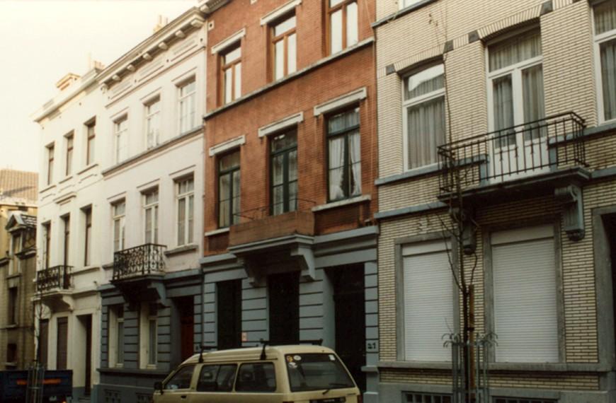 Rue du Cadran, de gauche à droite les no 17, 19, 21 et 23 (photo 1993-1995).