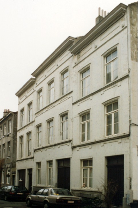 Rue Charles VI 9 à 5 (photo 1993-1995).