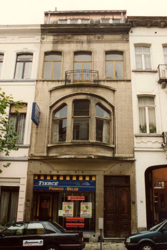 Rue des Deux Églises 73-73a (photo 1993-1995).