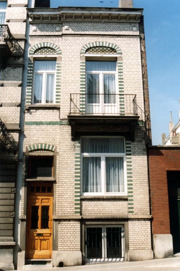 Hoevestraat 105 (foto 1993-1995).