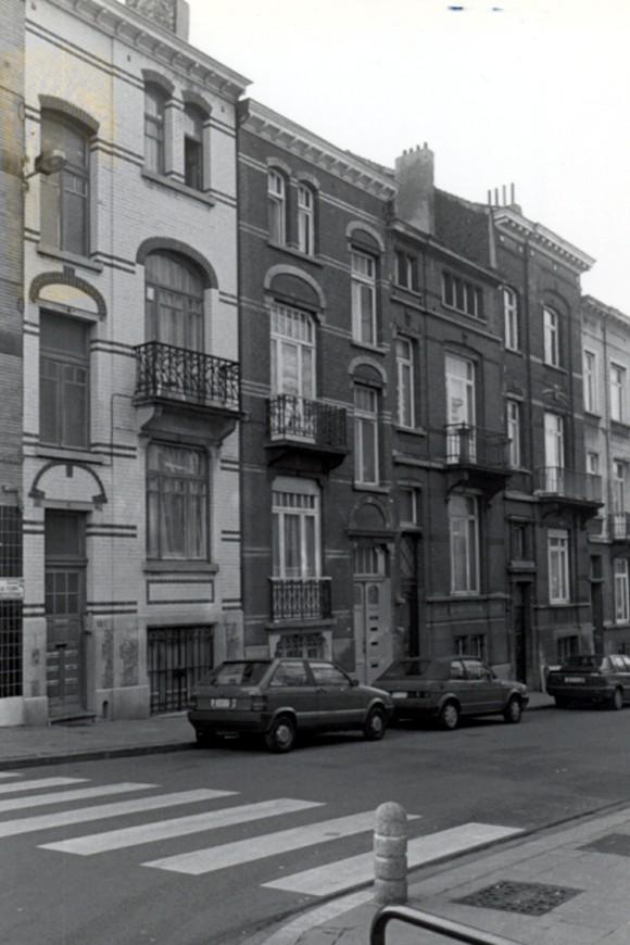 Rue de la Ferme, de gauche à droite les nos 118, 116, 114 et 112 (photo 1993-1995).