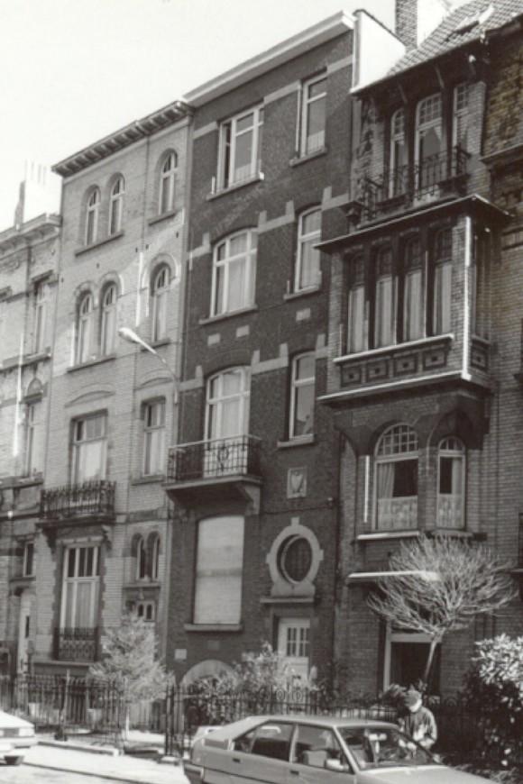 Avenue Georges Petre, au milieu le no 18 (photo 1993-1995).