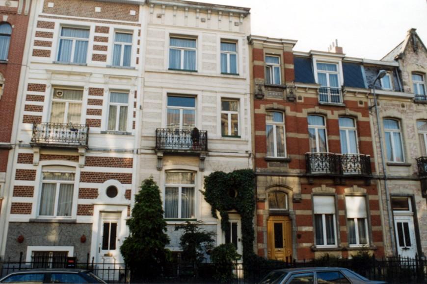 Avenue Georges Petre, de gauche à droite les nos 21, 23 et 25 (photo 1993-1995).