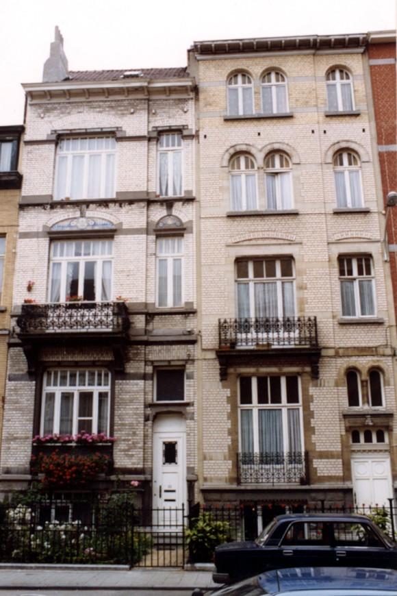 Avenue Georges Petre, à gauche le no 22, à droite le no 20 (photo 1993-1995).