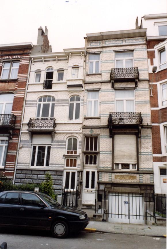 Avenue Georges Petre, à gauche le no 38, à droite le no 36 (photo 1993-1995).