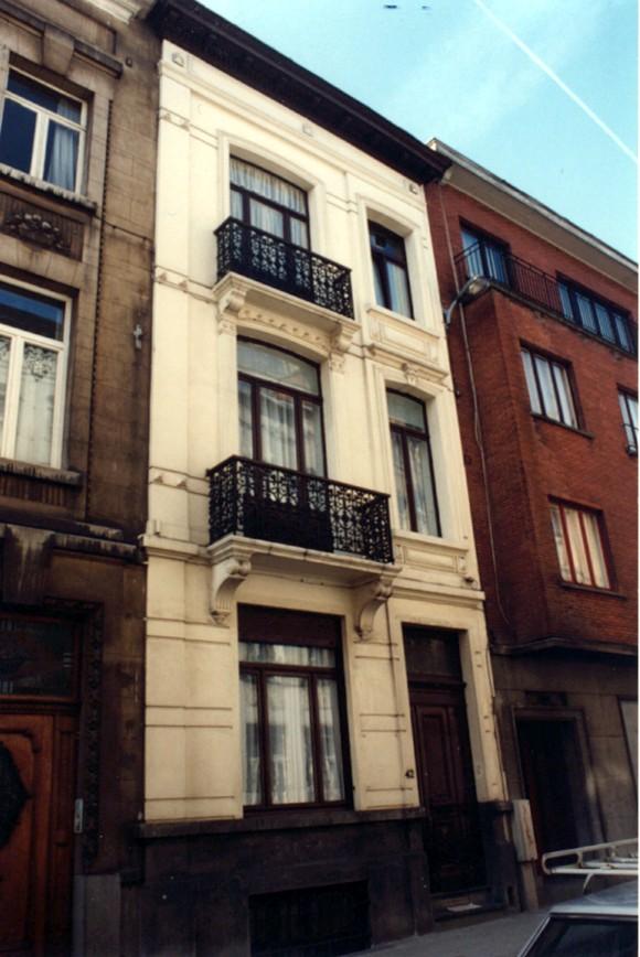 Rue Gillon 42., 1994