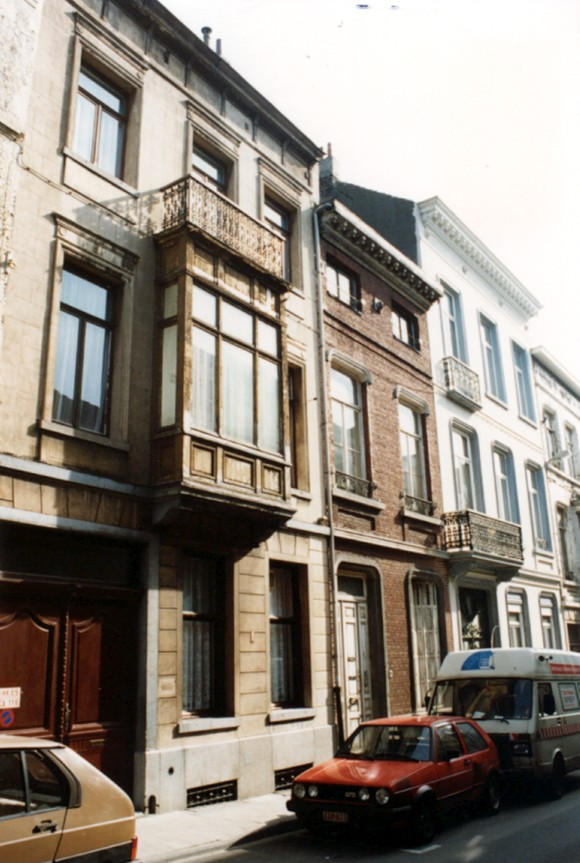 Rue Gillon, à gauche le no 69 (photo 1993-1995).