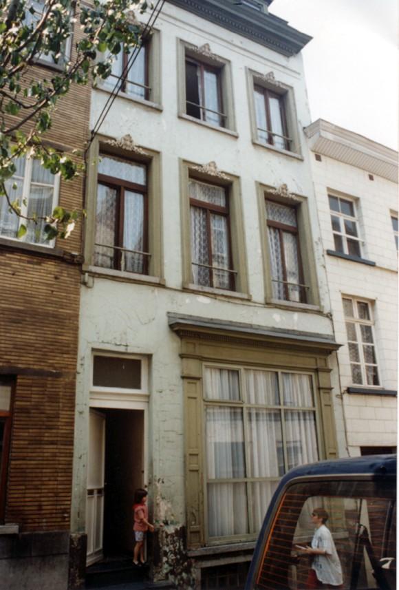 Rue Godefroid de Bouillon 64 (photo 1993-1995).