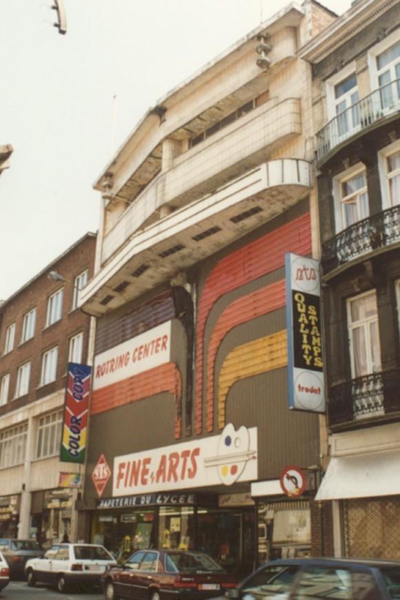 Chaussée de Louvain 160, anc. cinéma Century (photo 1993-1995).