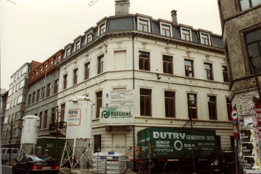 Middaglijnstraat 10 en Uniestraat 1 en 3 (foto 1993-1995).