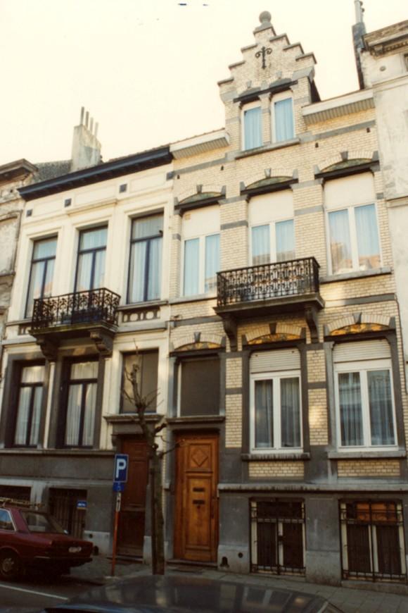 Rue du Moulin 154 et 152 (photo 1993-1995).