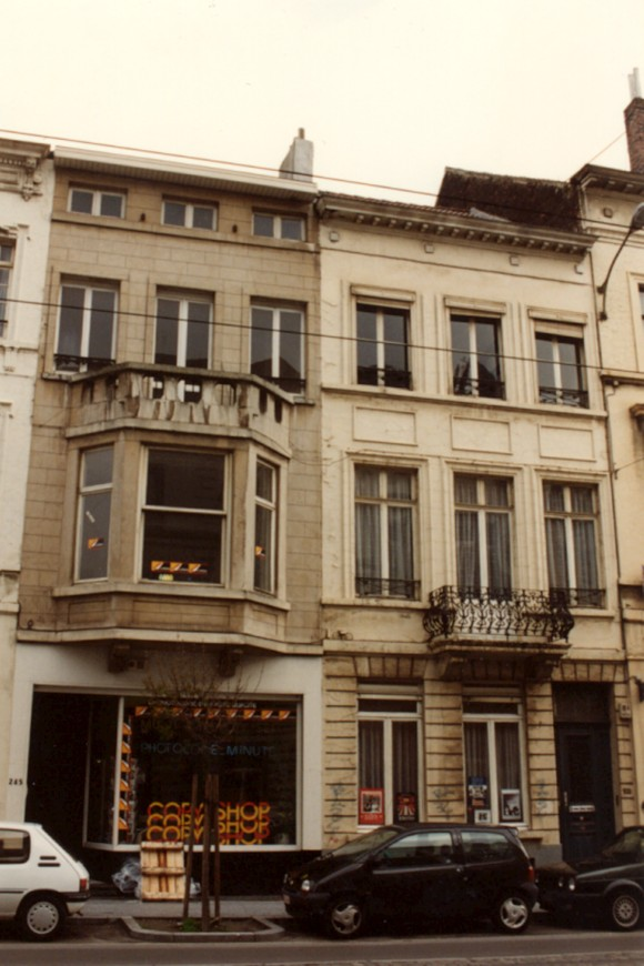 Rue Royale 243 (photo 1993-1995).