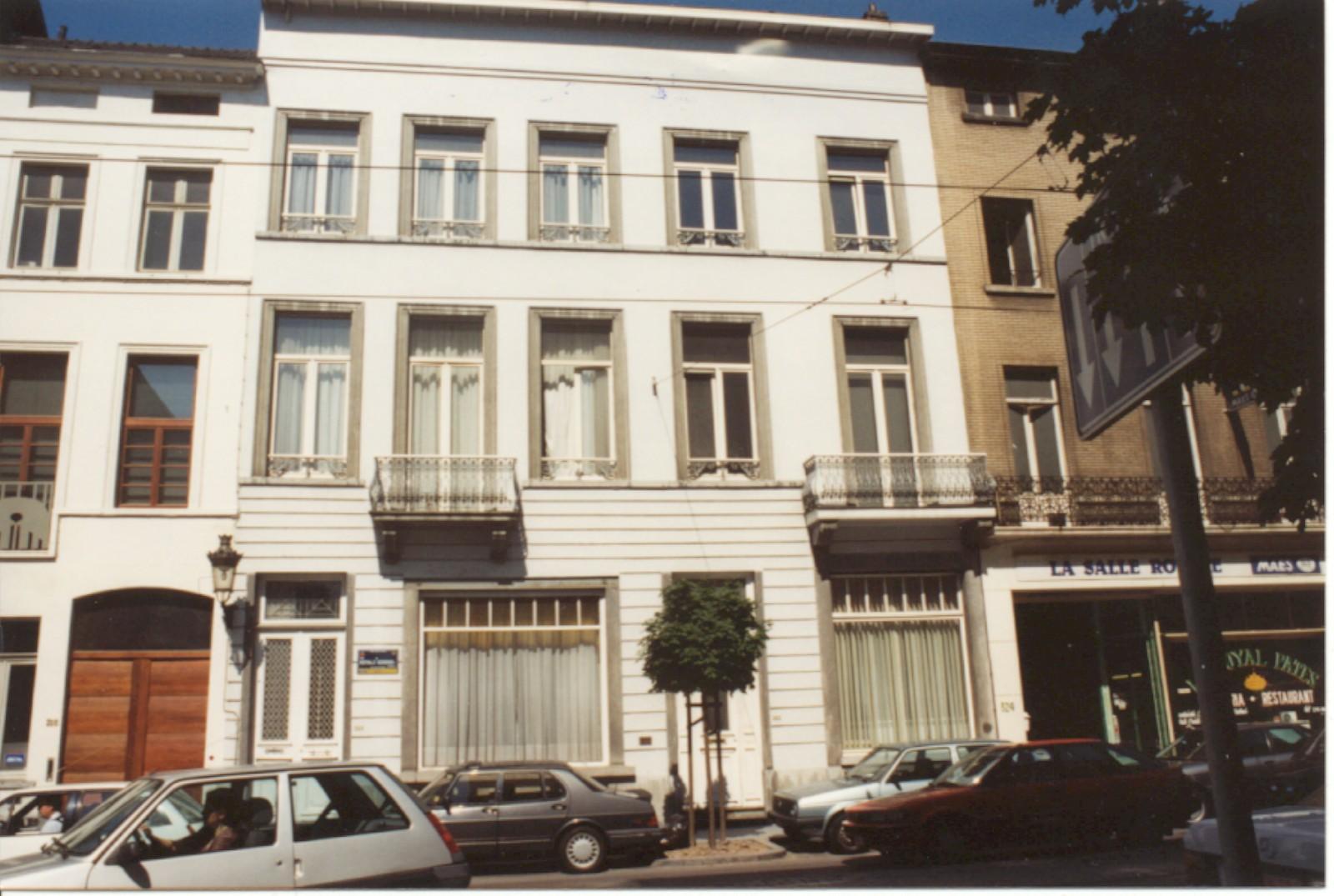Rue Royale 320 et 322 (photo 1993-1995).