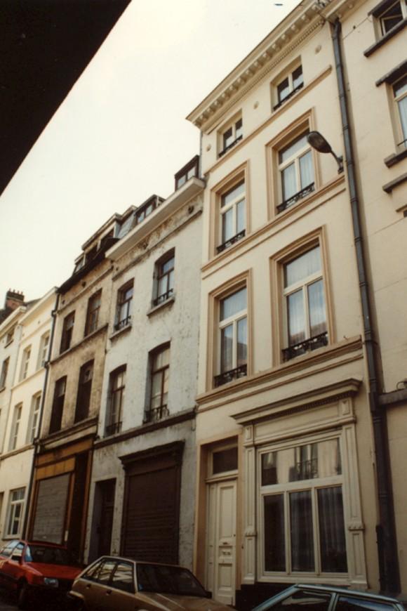 Rue Saint-François 4, à droite (photo 1993-1995).