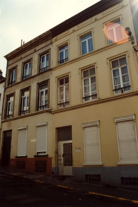 Hulpstraat 6 en 8 (foto 1993-1995).