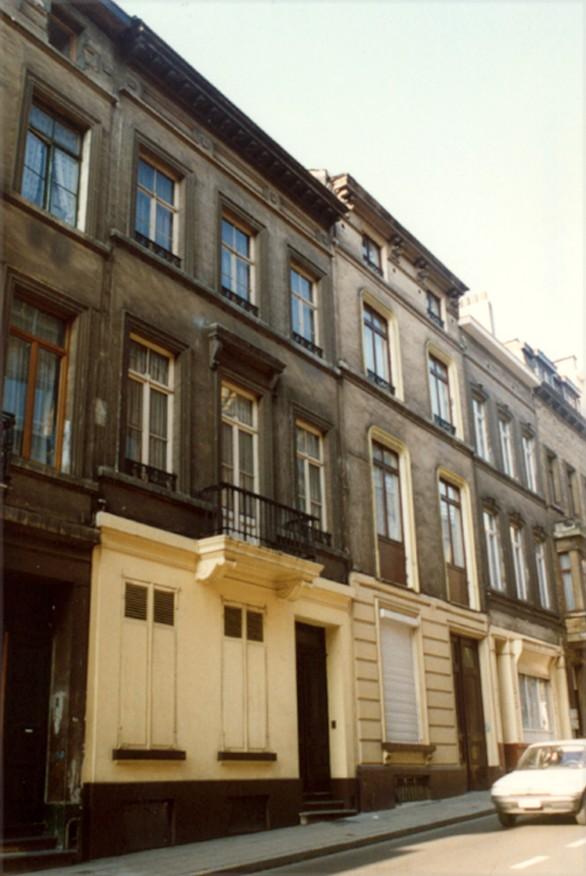 Dwarsstraat 92, 90 en 88 (foto 1993-1995).