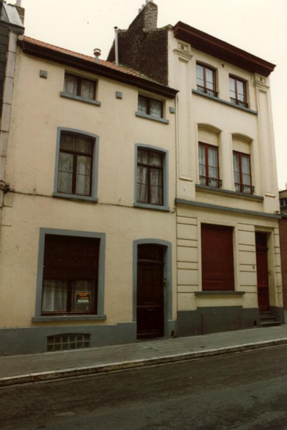 Rue du Vallon, à droite le no 9 (photo 1993-1995).
