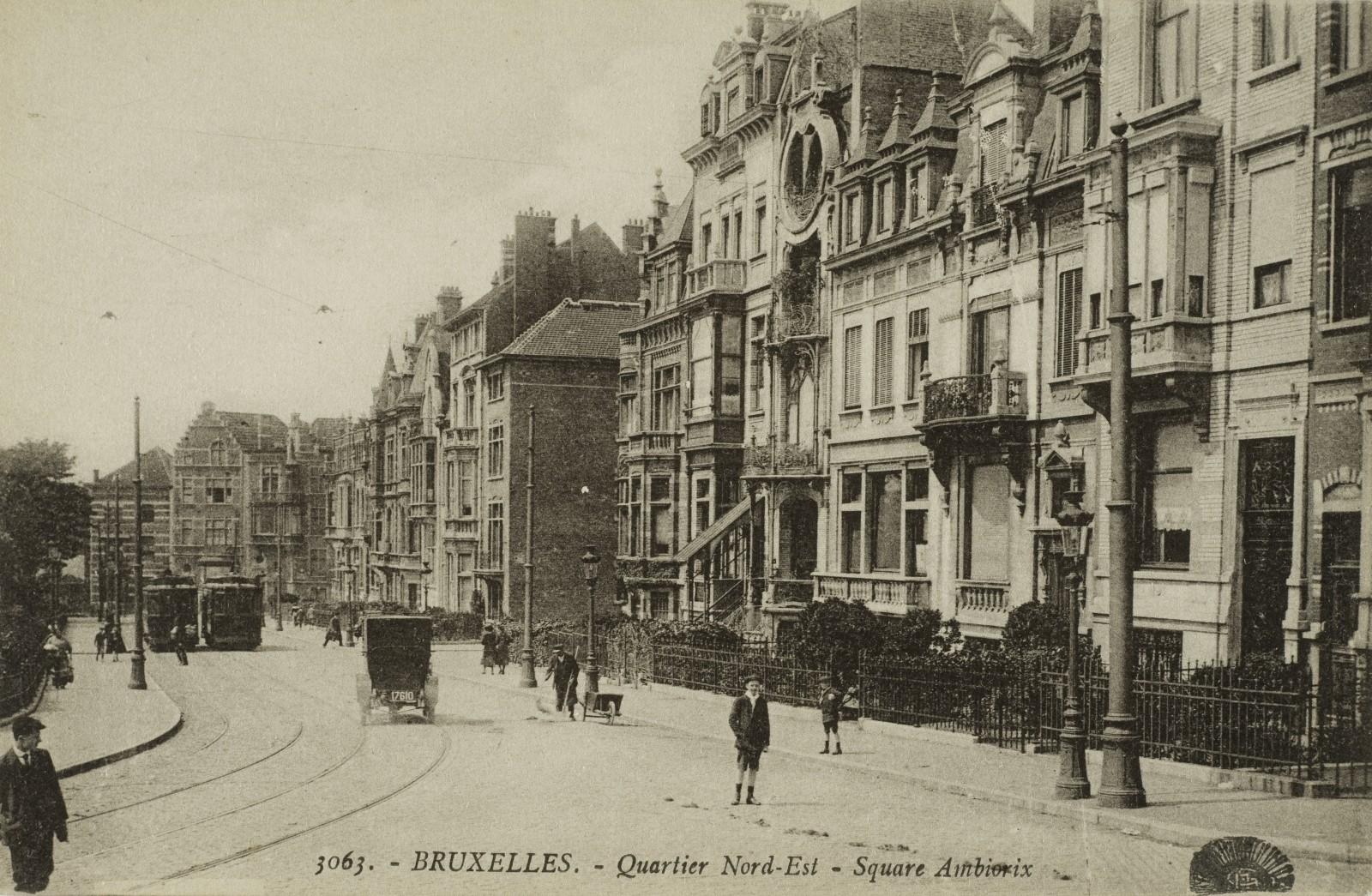 Vue du square Ambiorix (Collection de Dexia Banque, s.d.).